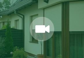 Apsauginės žaliuzės su protingo namo sistema