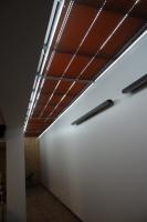 Plisuotos žaliuzės su automatiniu valdymu stogo langams
