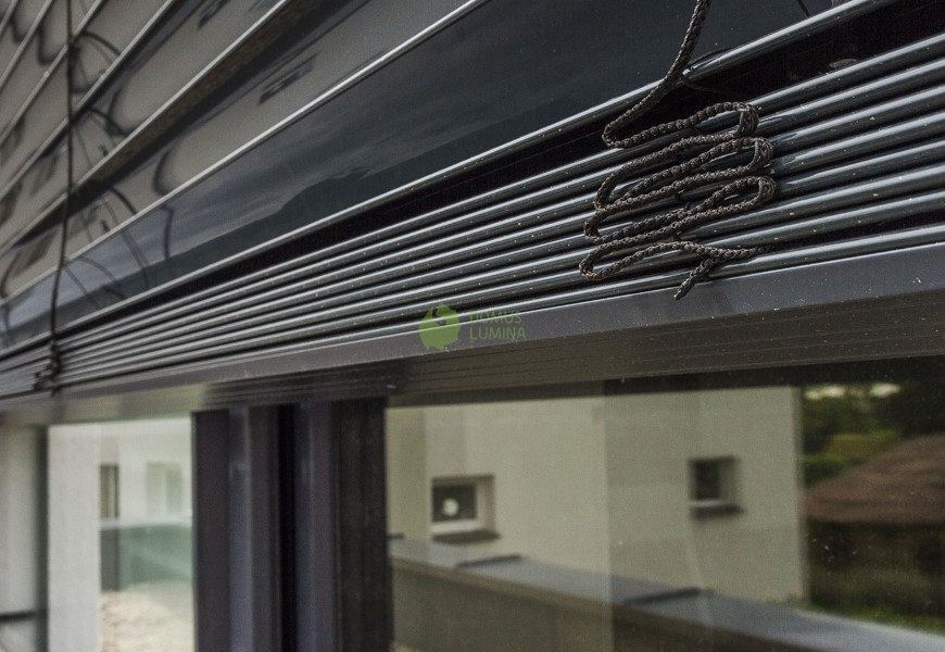 Horizontal Blinds For Facade In A Passive House Domus Lumina