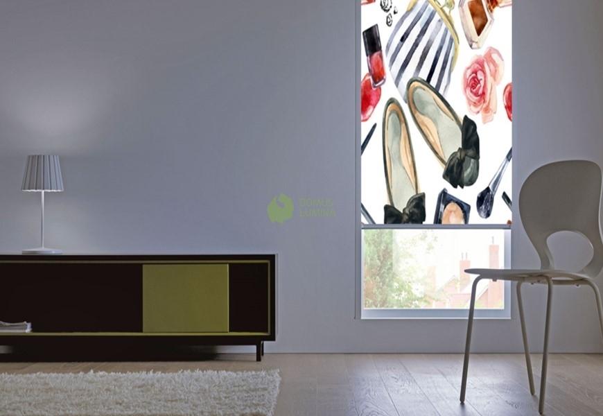 Nüüd ei ole teil enam vaja valida – kas ilu või kanga funktsioon. Lihtsalt:<br/><br/>  1. Valige meelepärane muster või foto ja hoolitsege, et kujutis oleks kvaliteetne!<br/><br/>  2. Arvestades oma toa ruumikust ja aknakatte funktsiooni, valige kangas, millele kantakse teie valitud muster. See võib olla standardne või Black Out kangas.<br/><br/>  3. Esitage oma tellimus DOMUS LUMINA spetsialistidele.<br/><br/>  4. Tundke rõõmu erilise ja stiilse aknakaunistuse üle!
