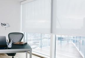 Darbo kambariui tinkantys langų uždengimai