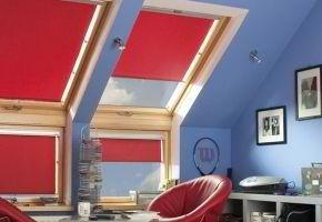 Roletai, lango rėmas ir patalpos interjeras: ką reikėtų žinoti apie jų derinimą?