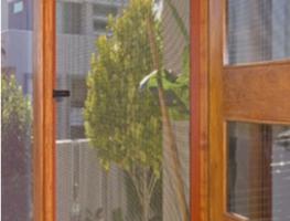 Paruoškite langų tinklelius šaltajam sezonui