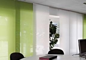Širmos – modernus pasirinkimas šiuolaikiškam biurui