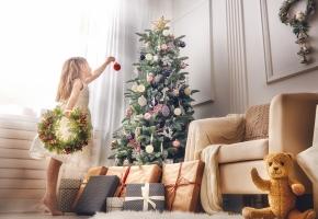 Dėmesys langams – kerinčio kalėdinio dekoro pagrindas