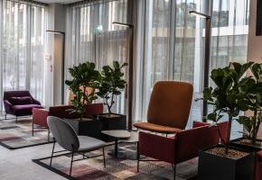 Elegantiškos DOMUS LUMINA užuolaidos viešbučio HILTON GARDEN INN interjere