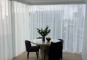 Domus Lumina window coverings dressed up a cosy flat in London