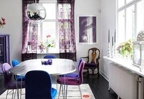 Užuolaidos ar žaliuzės? Renkamės virtuvės langų uždengimus