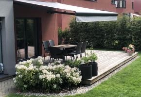 Automatiniu būdu valdoma minimalistinė markizė - tobulas terasos akcentas